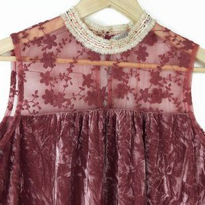 Solitaire Top Velvet & Lace Sz Small